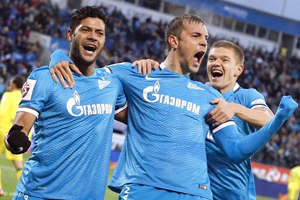 Brasilianisch-Russisches Traumduo: Hulk (links) und Artem Dzyuba schießen Zenit ins Achtelfinale.